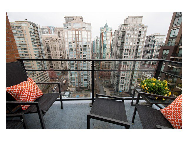 Photo 7: Photos: 1807 1088 RICHARDS Street in Vancouver: Yaletown Condo for sale (Vancouver West)  : MLS®# V1055333