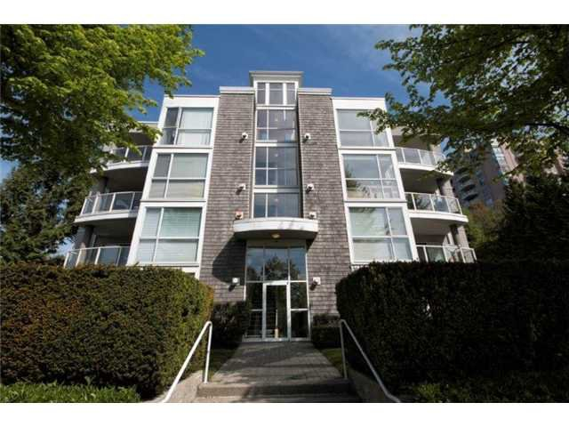 """Photo 16: Photos: 105 8450 JELLICOE Street in Vancouver: Fraserview VE Condo for sale in """"THE BOARDWALK"""" (Vancouver East)  : MLS®# V1061982"""