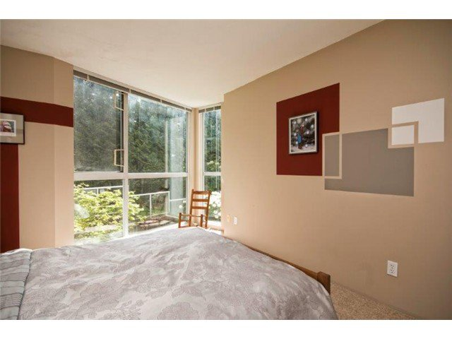 """Photo 9: Photos: 105 8450 JELLICOE Street in Vancouver: Fraserview VE Condo for sale in """"THE BOARDWALK"""" (Vancouver East)  : MLS®# V1061982"""