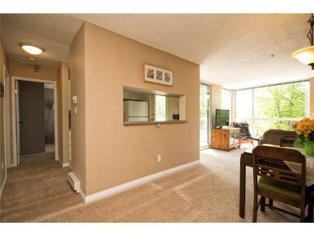 """Photo 8: Photos: 105 8450 JELLICOE Street in Vancouver: Fraserview VE Condo for sale in """"THE BOARDWALK"""" (Vancouver East)  : MLS®# V1061982"""