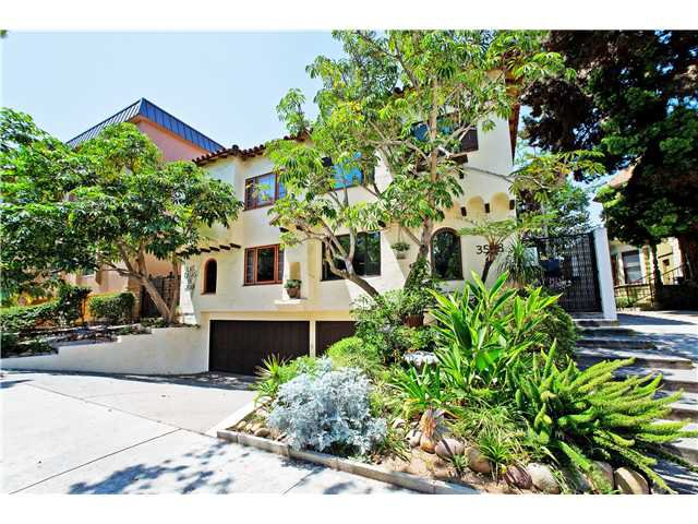 Main Photo: HILLCREST Townhome for sale : 2 bedrooms : 3568 3rd Avenue #5 in San Diego
