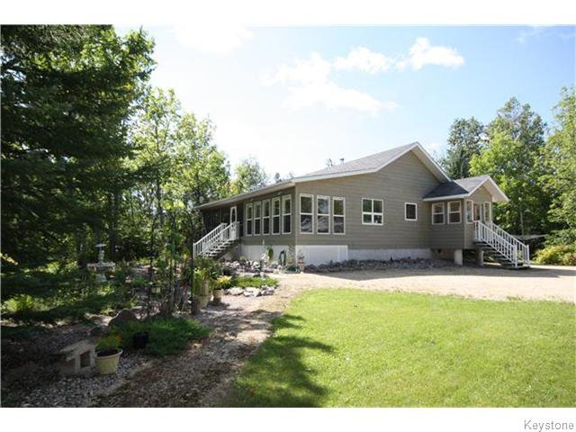 Main Photo: 7 Osprey Crescent in LACDUBON: Manitoba Other Residential for sale : MLS®# 1523306
