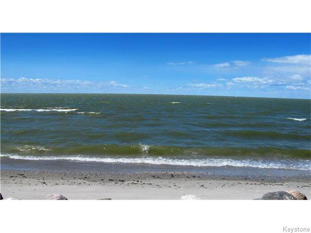 Main Photo:  in Woodlands: Twin Lake Beach Residential for sale (R19)  : MLS®# 1612354