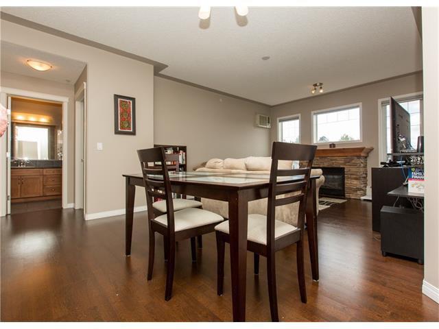 Photo 7: Photos:  in Calgary: Condo for sale : MLS®# C4076180