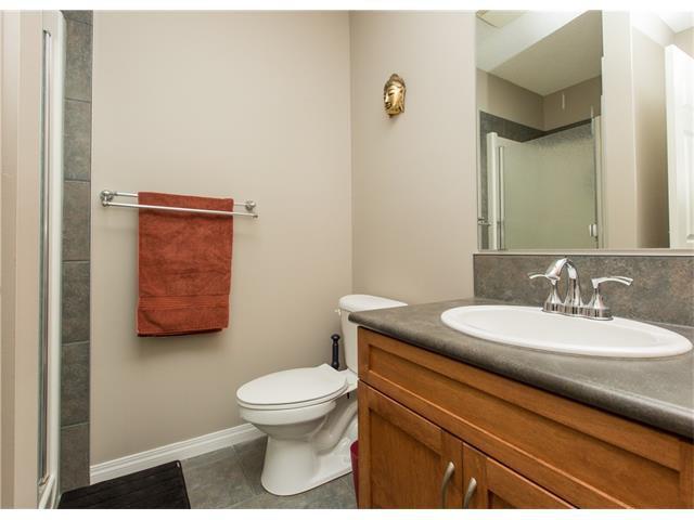 Photo 19: Photos:  in Calgary: Condo for sale : MLS®# C4076180