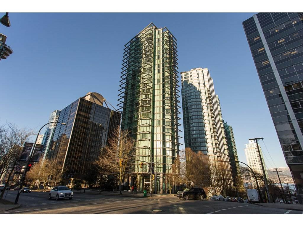 """Main Photo: 3301 1331 W GEORGIA Street in Vancouver: Coal Harbour Condo for sale in """"THE POINTE"""" (Vancouver West)  : MLS®# R2132219"""