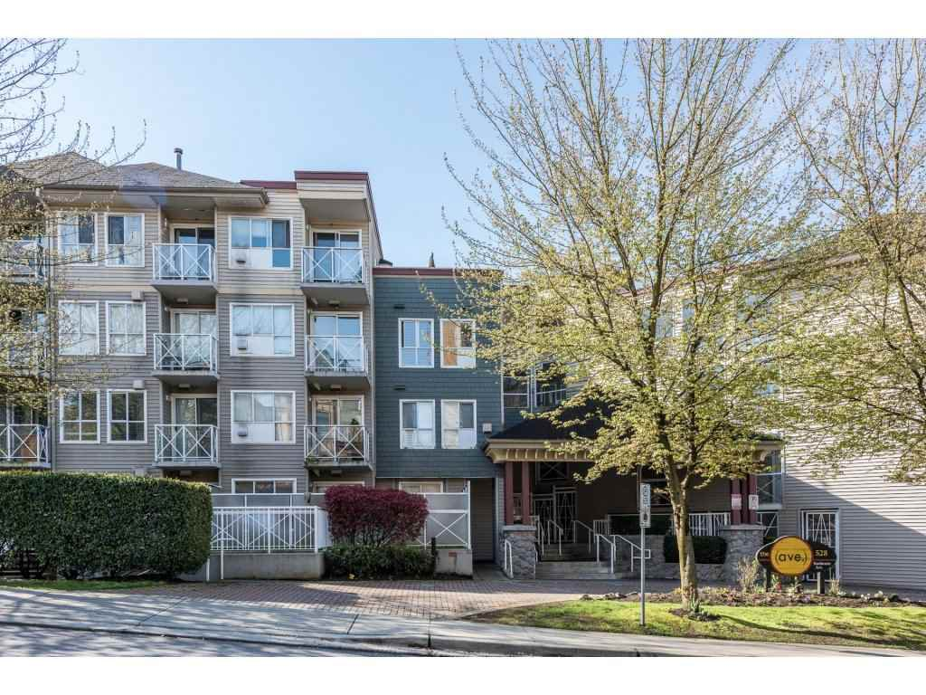 "Main Photo: 615 528 ROCHESTER Avenue in Coquitlam: Coquitlam West Condo for sale in ""THE AVE"" : MLS®# R2158974"