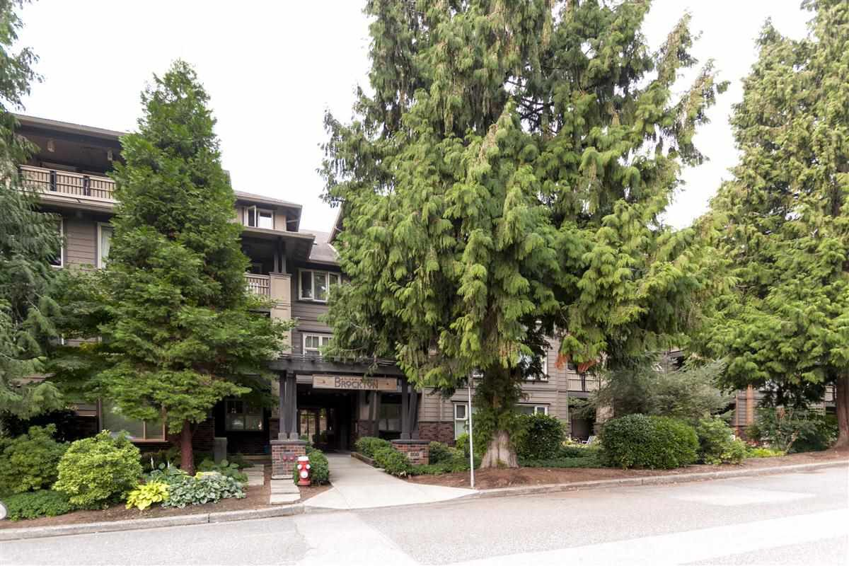 """Main Photo: 407 808 SANGSTER Place in New Westminster: The Heights NW Condo for sale in """"THE BROCTON"""" : MLS®# R2203252"""