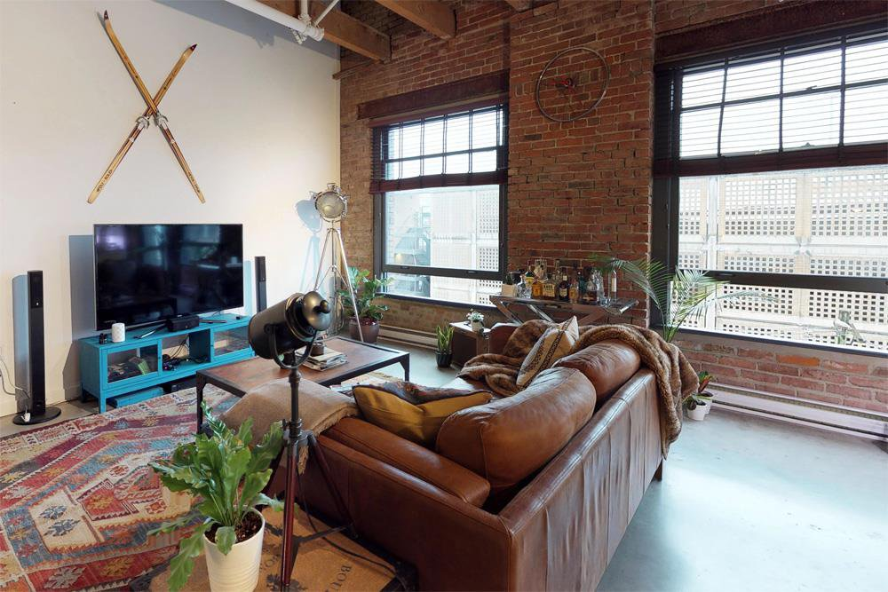 """Photo 5: Photos: 509 55 E CORDOVA Street in Vancouver: Downtown VE Condo for sale in """"KORET LOFTS"""" (Vancouver East)  : MLS®# R2252534"""