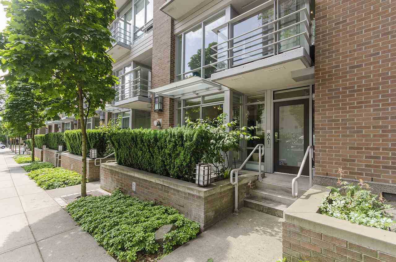 Main Photo: 861 RICHARDS Street in Vancouver: Downtown VW Townhouse for sale (Vancouver West)  : MLS®# R2276991