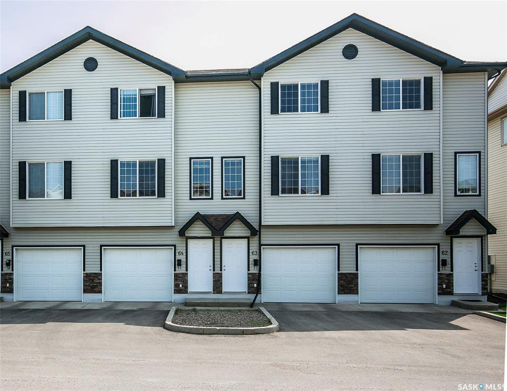 Main Photo: 64 135 Pawlychenko Lane in Saskatoon: Lakewood S.C. Residential for sale : MLS®# SK774062