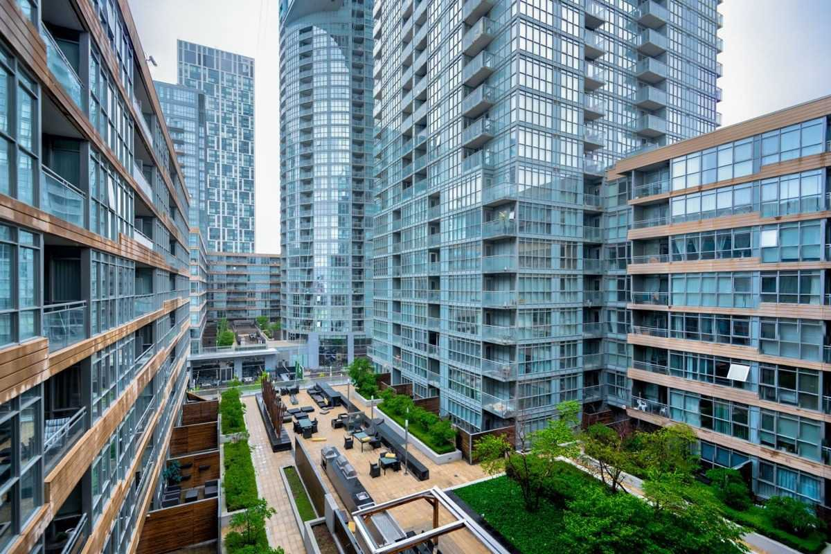 Photo 16: Photos: 723 10 Capreol Court in Toronto: Waterfront Communities C1 Condo for sale (Toronto C01)  : MLS®# C4477531