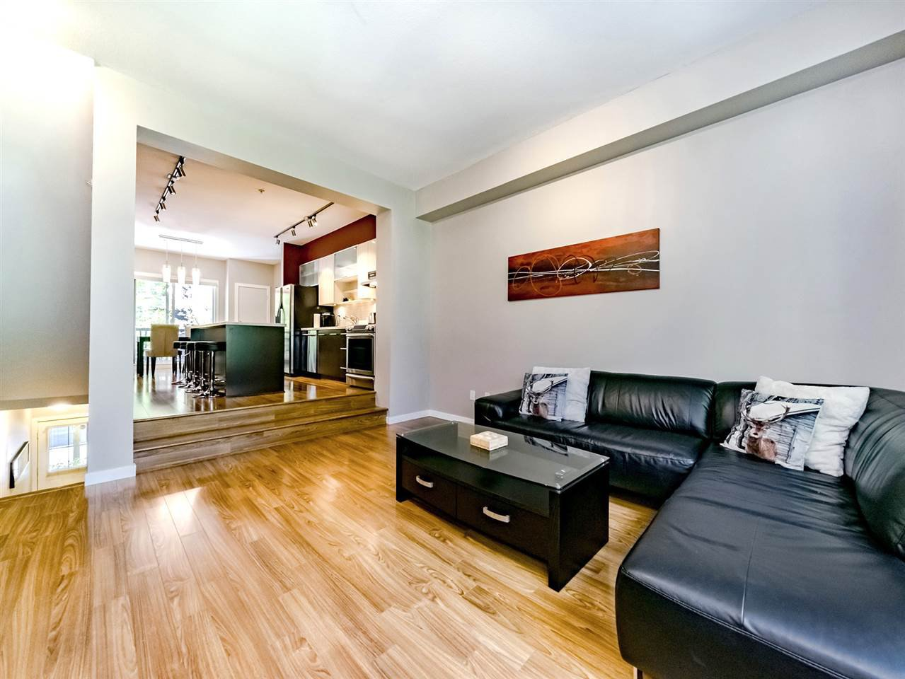 "Photo 7: Photos: 20 550 BROWNING Place in North Vancouver: Seymour NV Townhouse for sale in ""TANAGER"" : MLS®# R2383492"