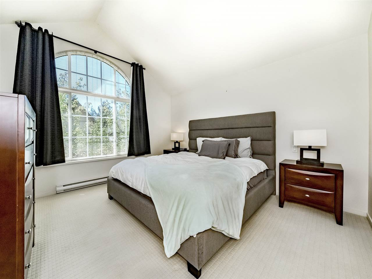 "Photo 10: Photos: 20 550 BROWNING Place in North Vancouver: Seymour NV Townhouse for sale in ""TANAGER"" : MLS®# R2383492"