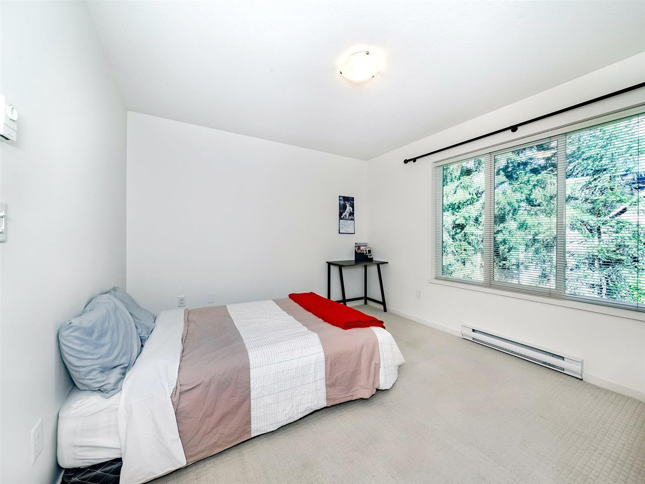 "Photo 12: Photos: 20 550 BROWNING Place in North Vancouver: Seymour NV Townhouse for sale in ""TANAGER"" : MLS®# R2383492"