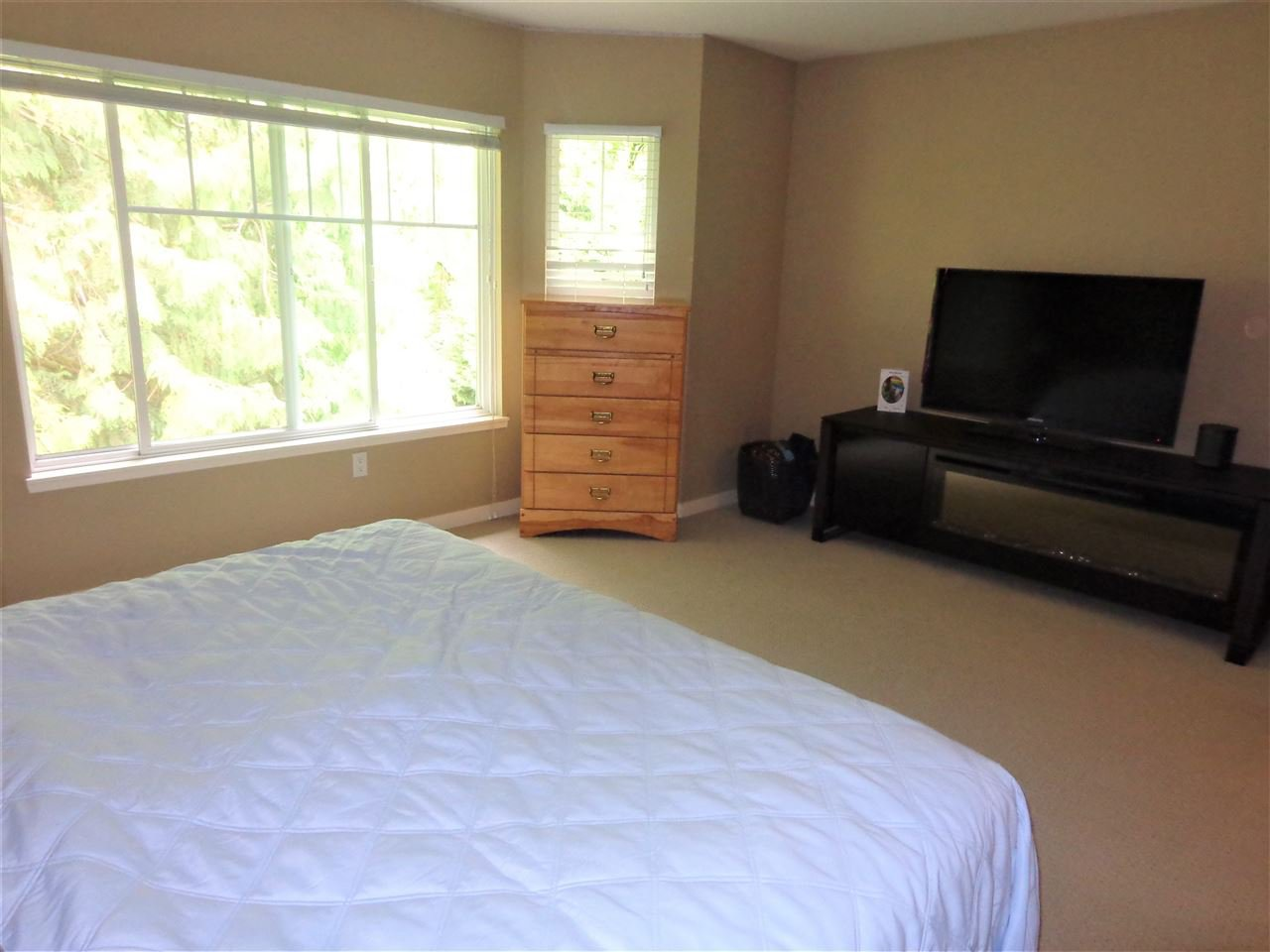 """Photo 13: Photos: 10 8588 168A Street in Surrey: Fleetwood Tynehead Townhouse for sale in """"The Brookstone"""" : MLS®# R2384013"""
