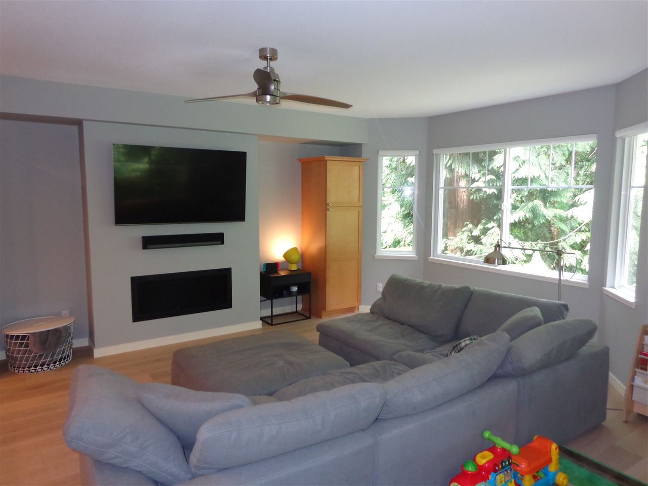 """Photo 12: Photos: 10 8588 168A Street in Surrey: Fleetwood Tynehead Townhouse for sale in """"The Brookstone"""" : MLS®# R2384013"""
