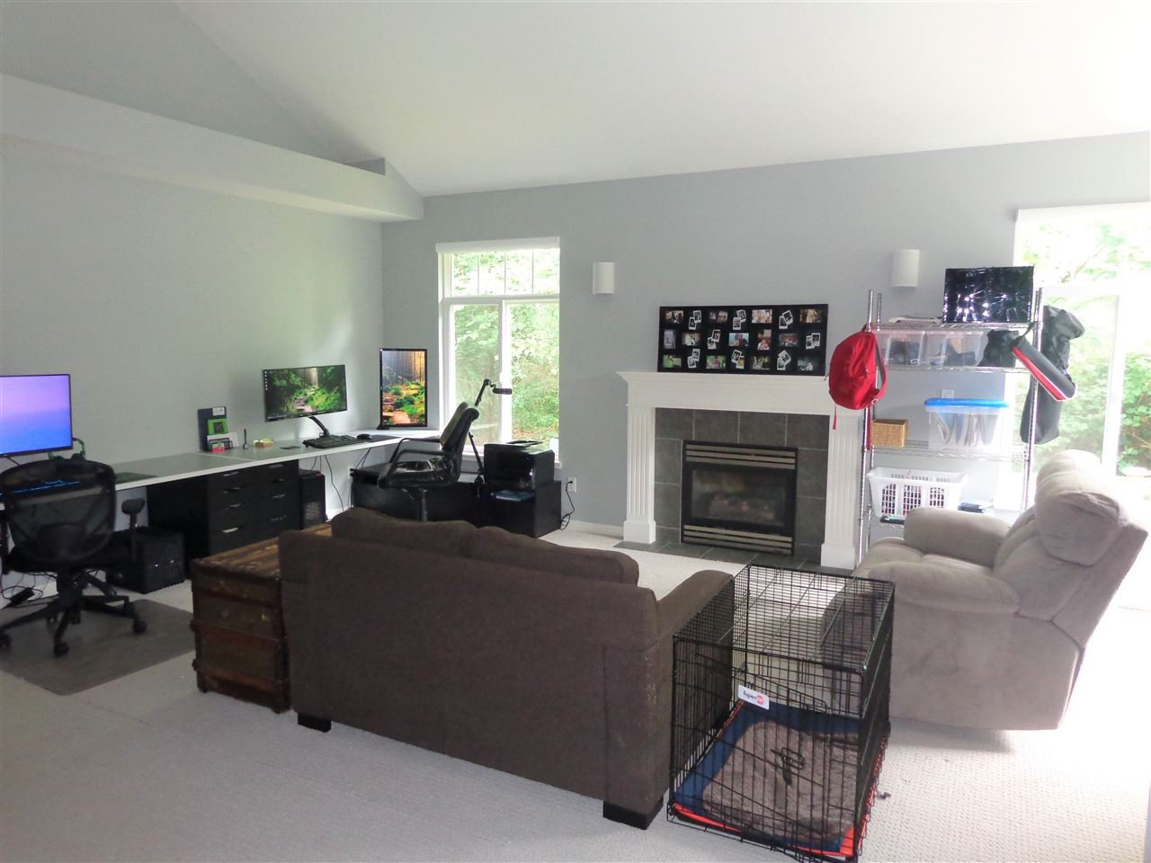 """Photo 4: Photos: 10 8588 168A Street in Surrey: Fleetwood Tynehead Townhouse for sale in """"The Brookstone"""" : MLS®# R2384013"""