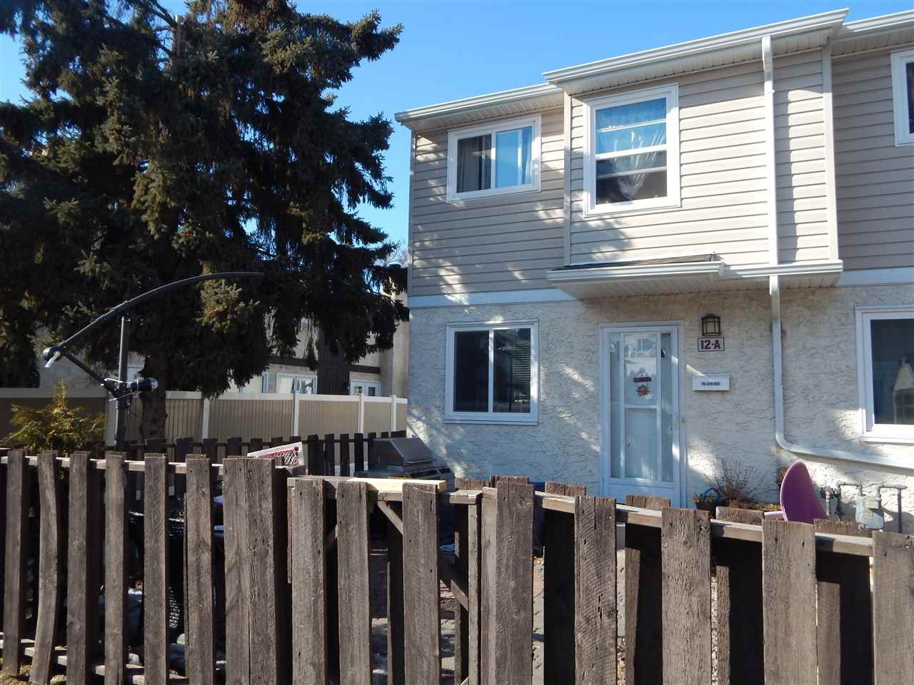 Main Photo: 12A CLAREVIEW Village in Edmonton: Zone 35 Townhouse for sale : MLS®# E4193872