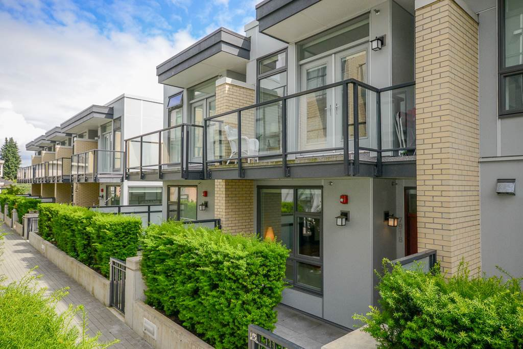 "Main Photo: 7918 MANITOBA Street in Vancouver: Marpole Townhouse for sale in ""CHURCHILL"" (Vancouver West)  : MLS®# R2469710"