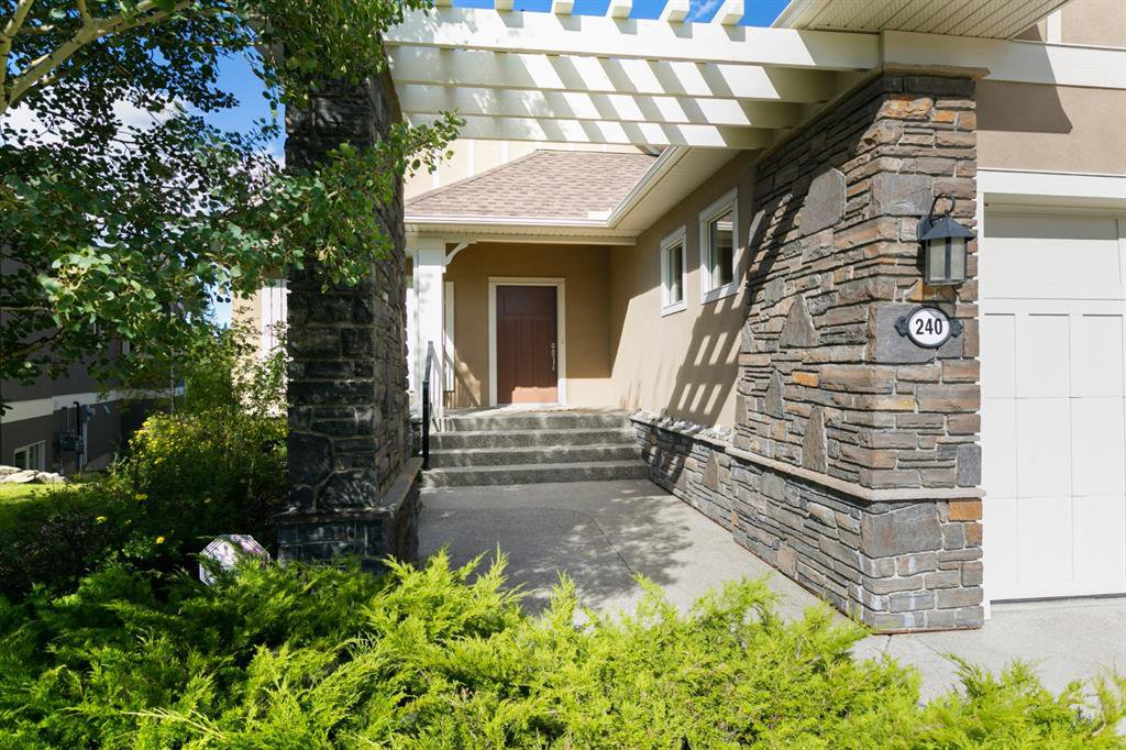 Main Photo: 240 ELBOW RIDGE Haven in Rural Rocky View County: Rural Rocky View MD Semi Detached for sale : MLS®# A1022116