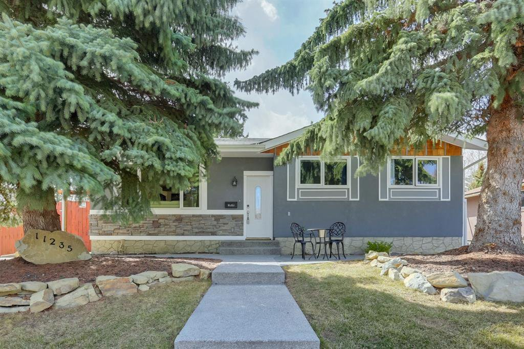 Main Photo: 11235 Braniff Road SW in Calgary: Braeside Detached for sale : MLS®# A1047237