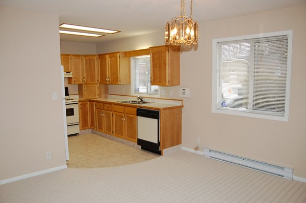 Photo 11: Photos: 9-10505 Quinpool Road in Summerland: Main Town Residential Attached for sale : MLS®# 135809