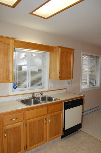 Photo 6: Photos: 9-10505 Quinpool Road in Summerland: Main Town Residential Attached for sale : MLS®# 135809