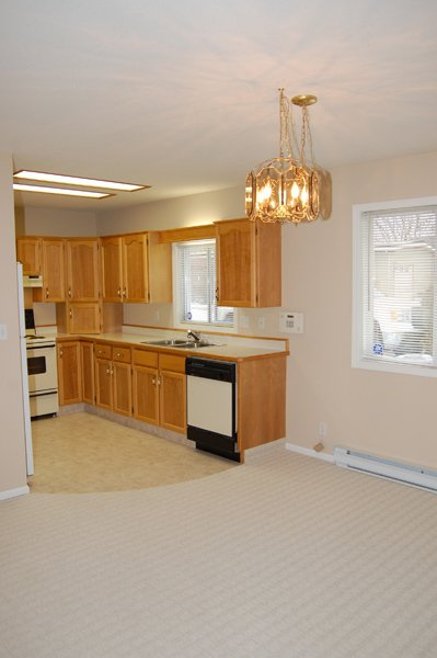 Photo 10: Photos: 9-10505 Quinpool Road in Summerland: Main Town Residential Attached for sale : MLS®# 135809