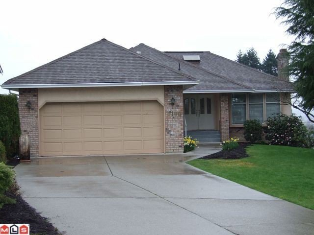 Main Photo: 6198 191A ST in Surrey: Cloverdale BC House for sale (Cloverdale)  : MLS®# F1201296