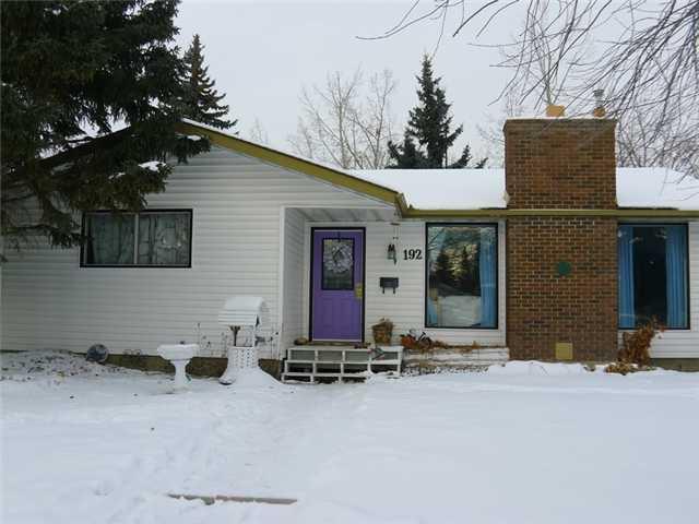 Main Photo: 192 BROOKGREEN Drive SW in Calgary: Braeside_Braesde Est Residential Detached Single Family for sale : MLS®# C3648966