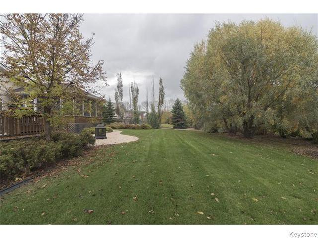 Photo 18: Photos: 227 MARINERS Way in ESTPAUL: Birdshill Area Residential for sale (North East Winnipeg)  : MLS®# 1601136
