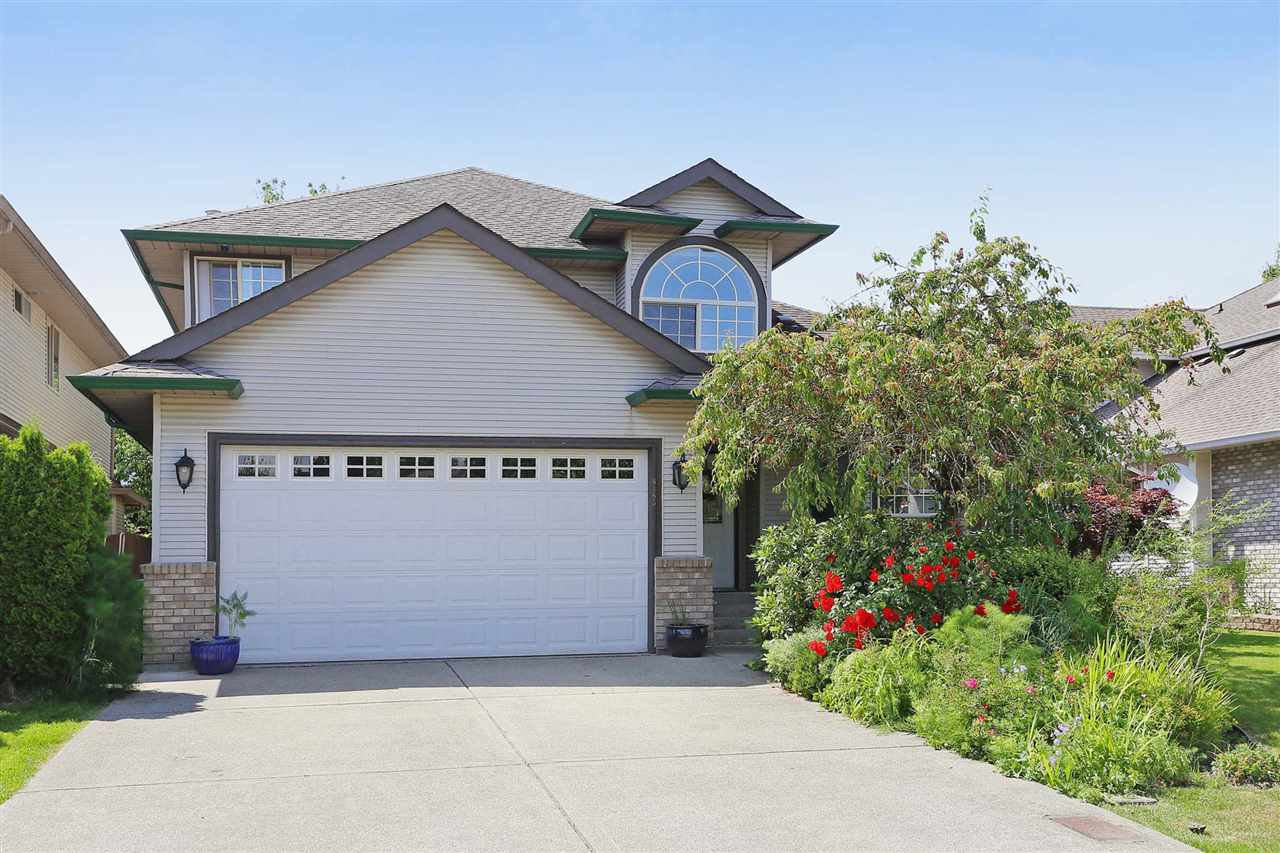 Main Photo: 6465 188A Street in Surrey: Cloverdale BC House for sale (Cloverdale)  : MLS®# R2073426