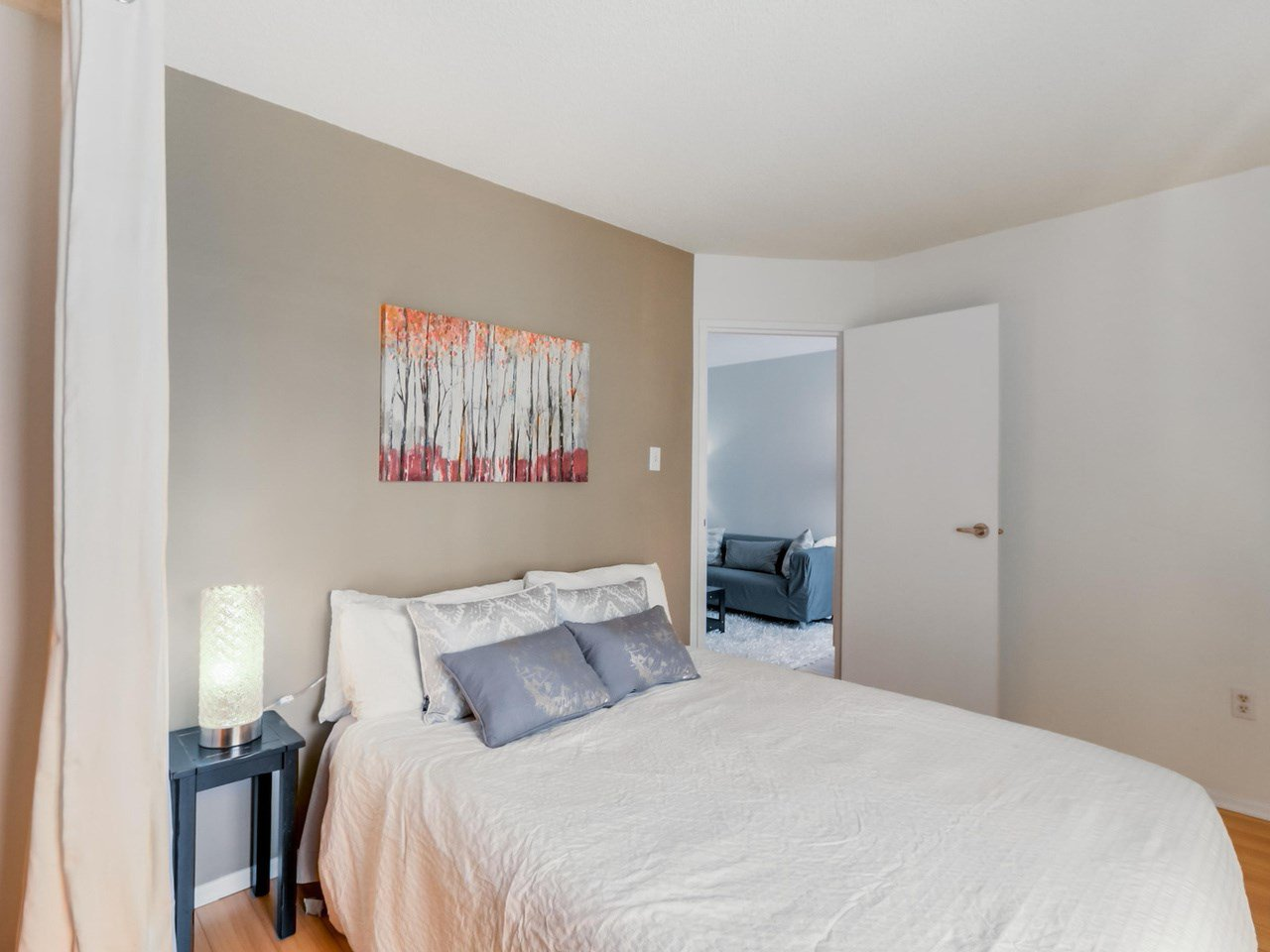 """Photo 16: Photos: 207 1545 E 2ND Avenue in Vancouver: Grandview VE Condo for sale in """"TALISHAN WOODS"""" (Vancouver East)  : MLS®# R2086466"""