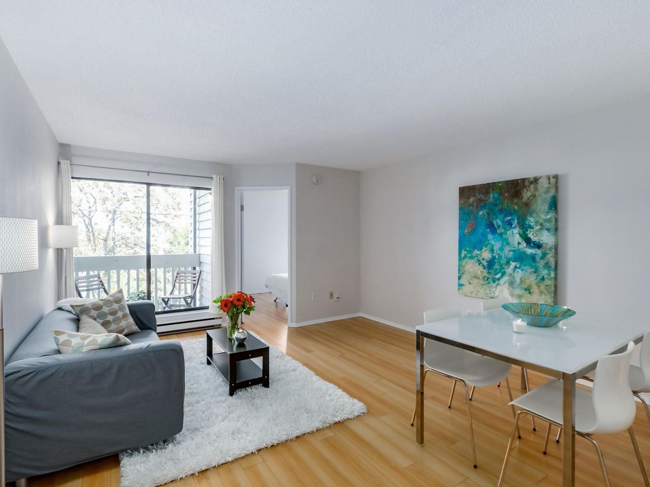 """Photo 5: Photos: 207 1545 E 2ND Avenue in Vancouver: Grandview VE Condo for sale in """"TALISHAN WOODS"""" (Vancouver East)  : MLS®# R2086466"""