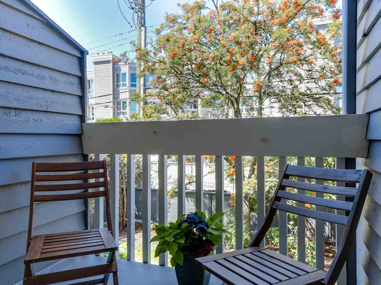 """Photo 18: Photos: 207 1545 E 2ND Avenue in Vancouver: Grandview VE Condo for sale in """"TALISHAN WOODS"""" (Vancouver East)  : MLS®# R2086466"""