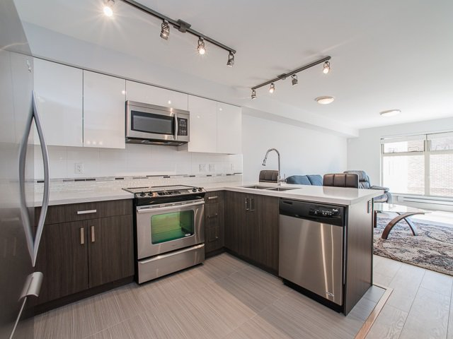 "Main Photo: 401 2408 E BROADWAY in Vancouver: Renfrew VE Condo for sale in ""BROADWAY CROSSING"" (Vancouver East)  : MLS®# R2102626"