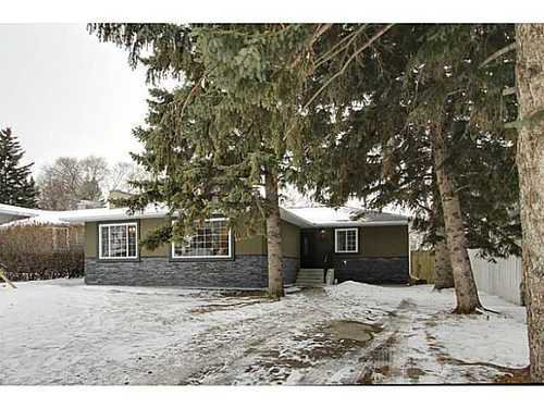 Main Photo: 8007 7 Street SW in Calgary: Bungalow for sale : MLS®# C3595147