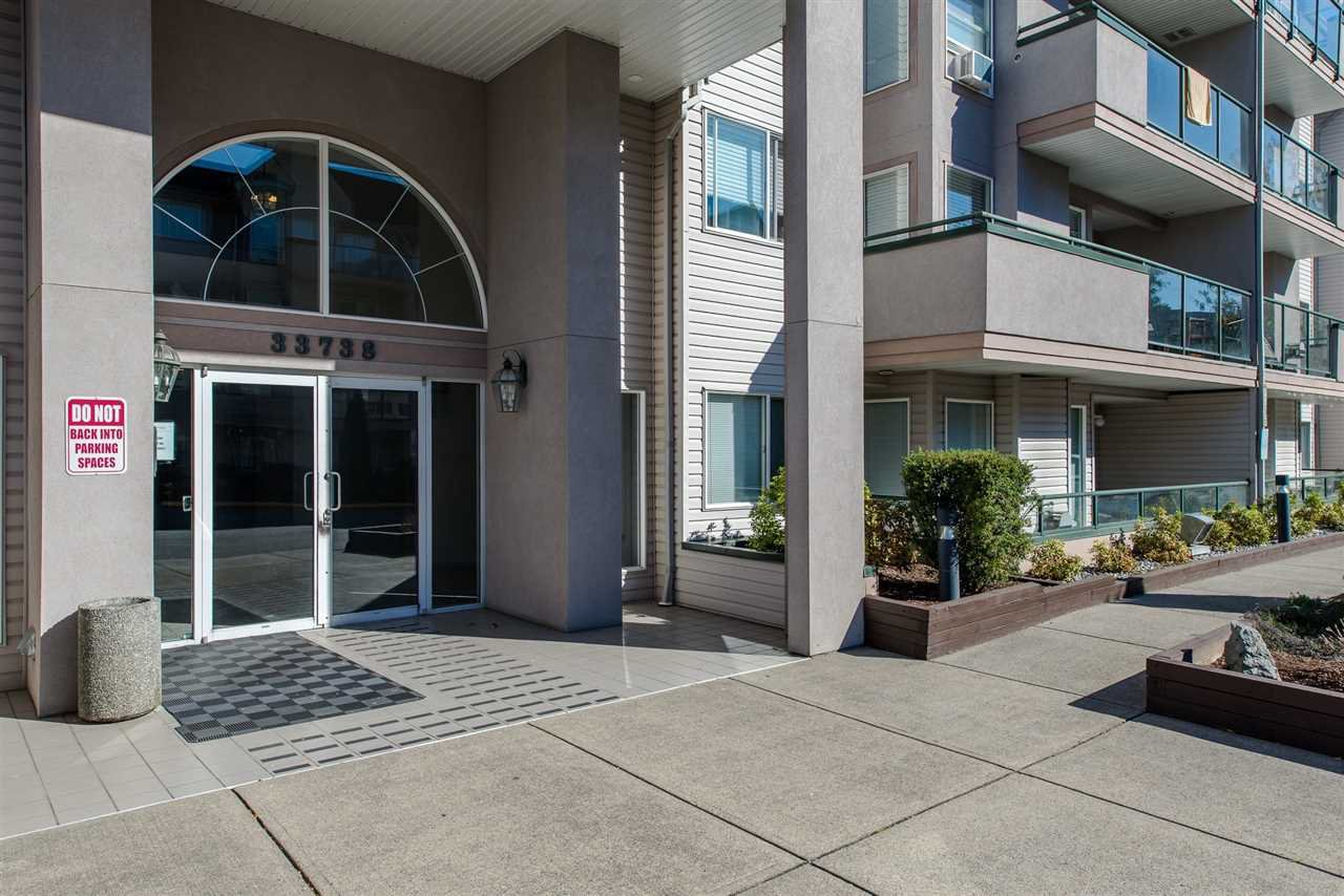 "Photo 2: Photos: 110 33738 KING Road in Abbotsford: Poplar Condo for sale in ""College Park"" : MLS®# R2149689"