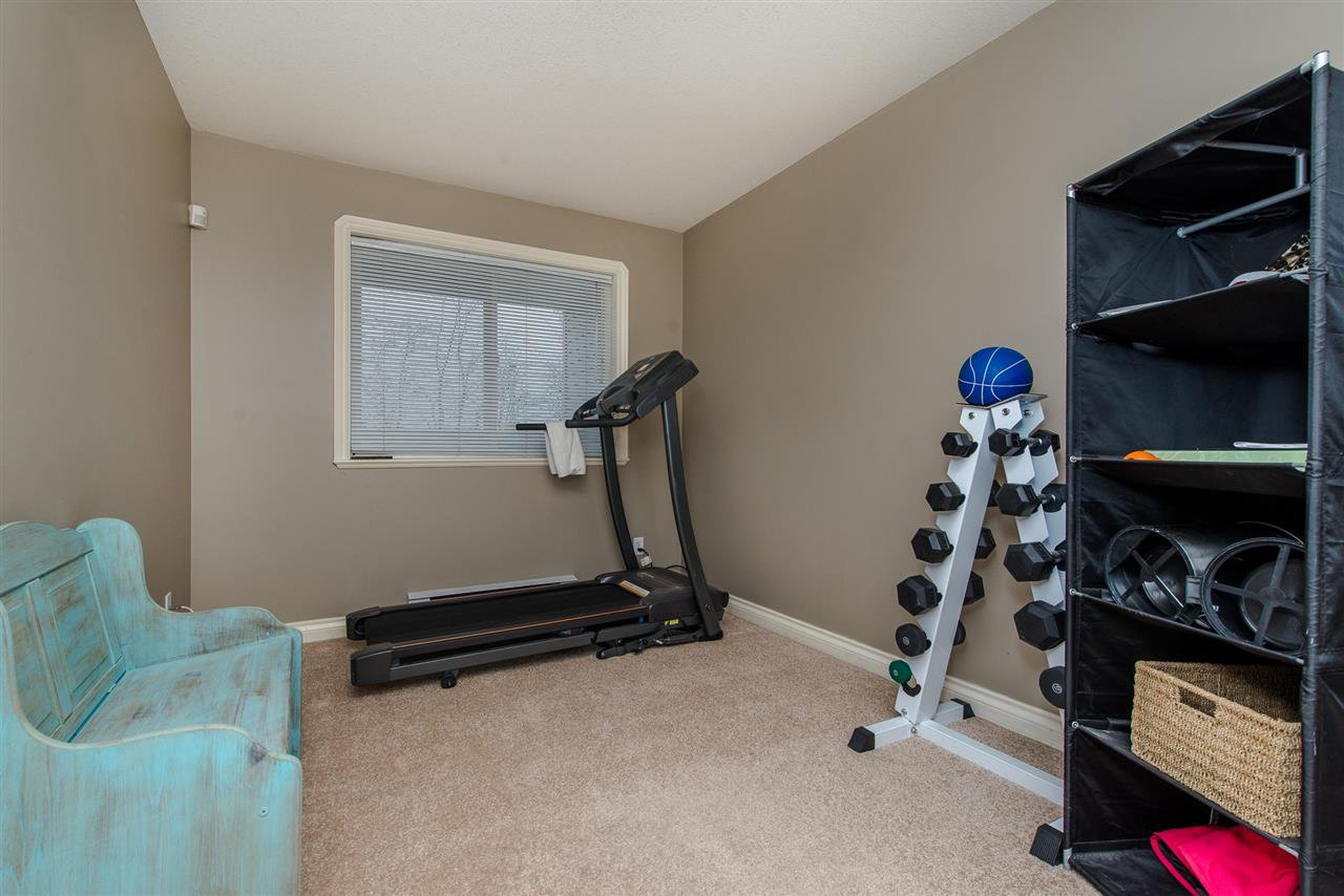 "Photo 15: Photos: 110 33738 KING Road in Abbotsford: Poplar Condo for sale in ""College Park"" : MLS®# R2149689"