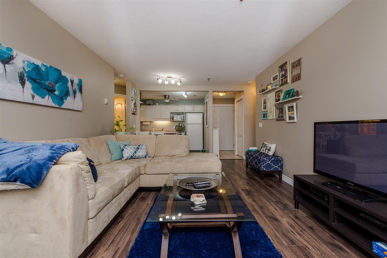 "Photo 10: Photos: 110 33738 KING Road in Abbotsford: Poplar Condo for sale in ""College Park"" : MLS®# R2149689"