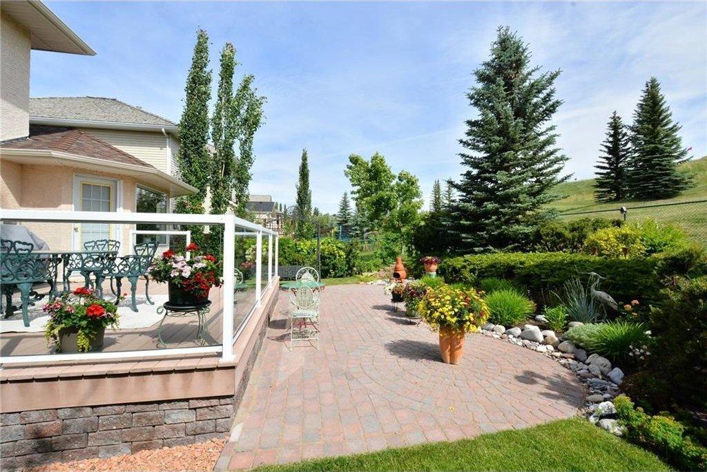 Photo 45: Photos: 52 GLENEAGLES View: Cochrane House for sale : MLS®# C4125774