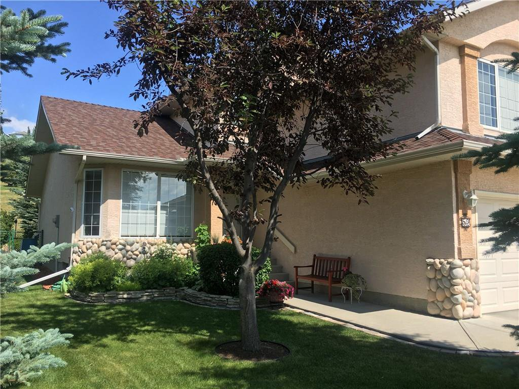 Photo 3: Photos: 52 GLENEAGLES View: Cochrane House for sale : MLS®# C4125774