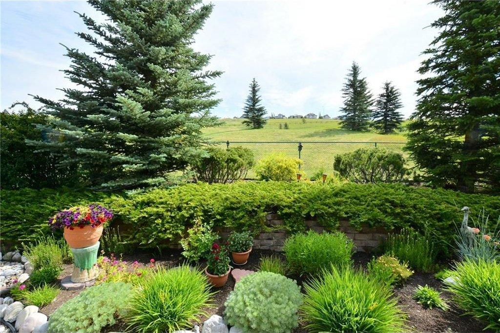 Photo 47: Photos: 52 GLENEAGLES View: Cochrane House for sale : MLS®# C4125774