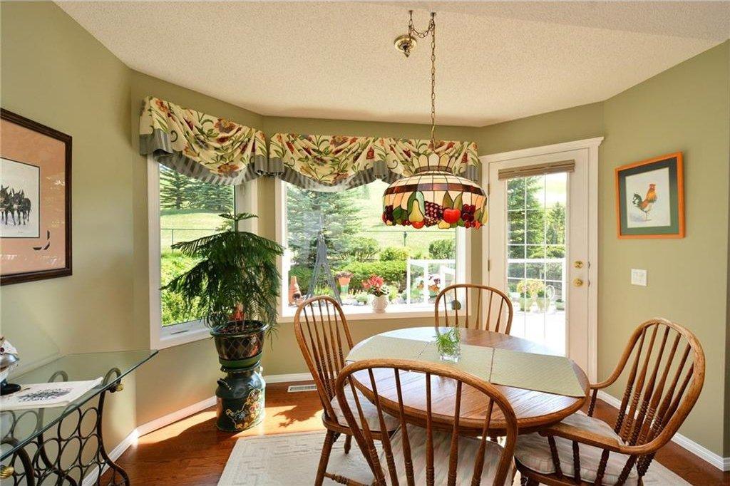 Photo 17: Photos: 52 GLENEAGLES View: Cochrane House for sale : MLS®# C4125774