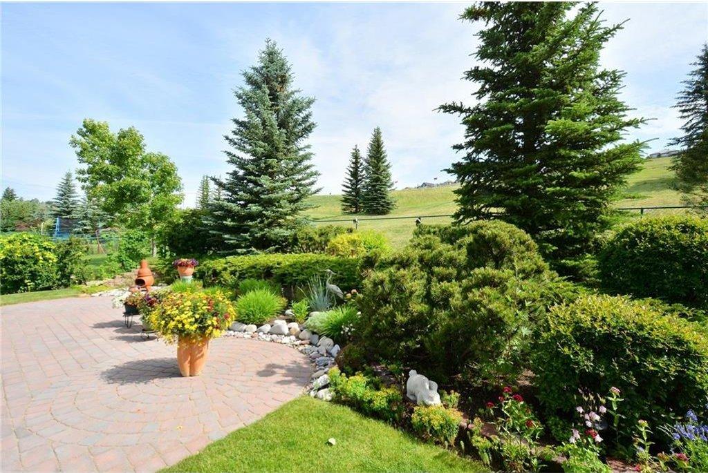 Photo 46: Photos: 52 GLENEAGLES View: Cochrane House for sale : MLS®# C4125774