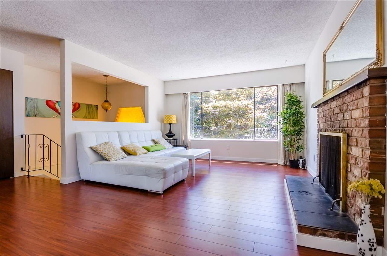 Main Photo: 20805 117 Avenue in Maple Ridge: Southwest Maple Ridge House for sale : MLS®# R2185068