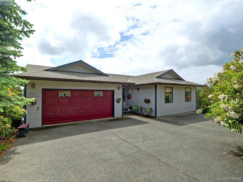 Main Photo: 543 Delora DR in Victoria: House for sale : MLS®# 379256