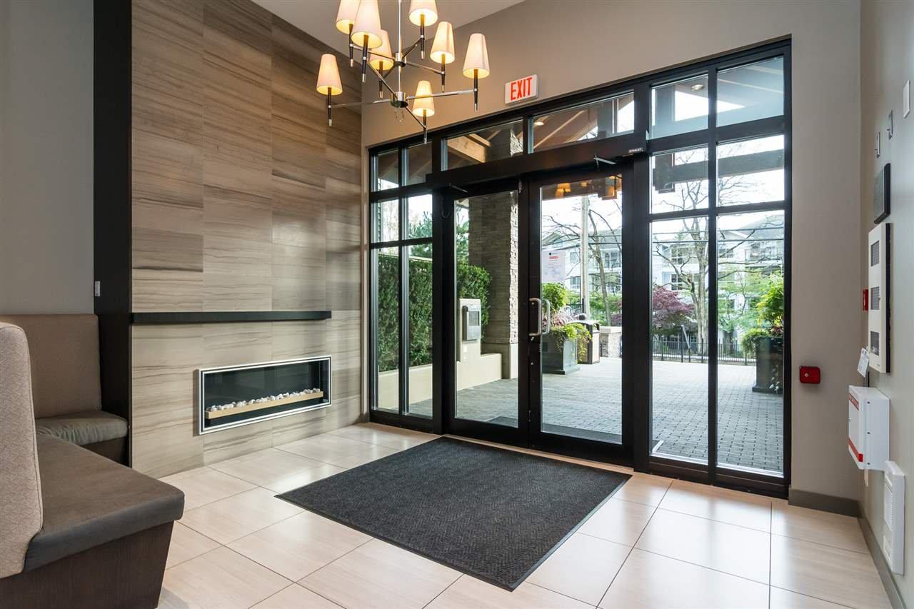 "Photo 4: Photos: 415 21009 56 Avenue in Langley: Salmon River Condo for sale in ""CORNERSTONE"" : MLS®# R2215303"