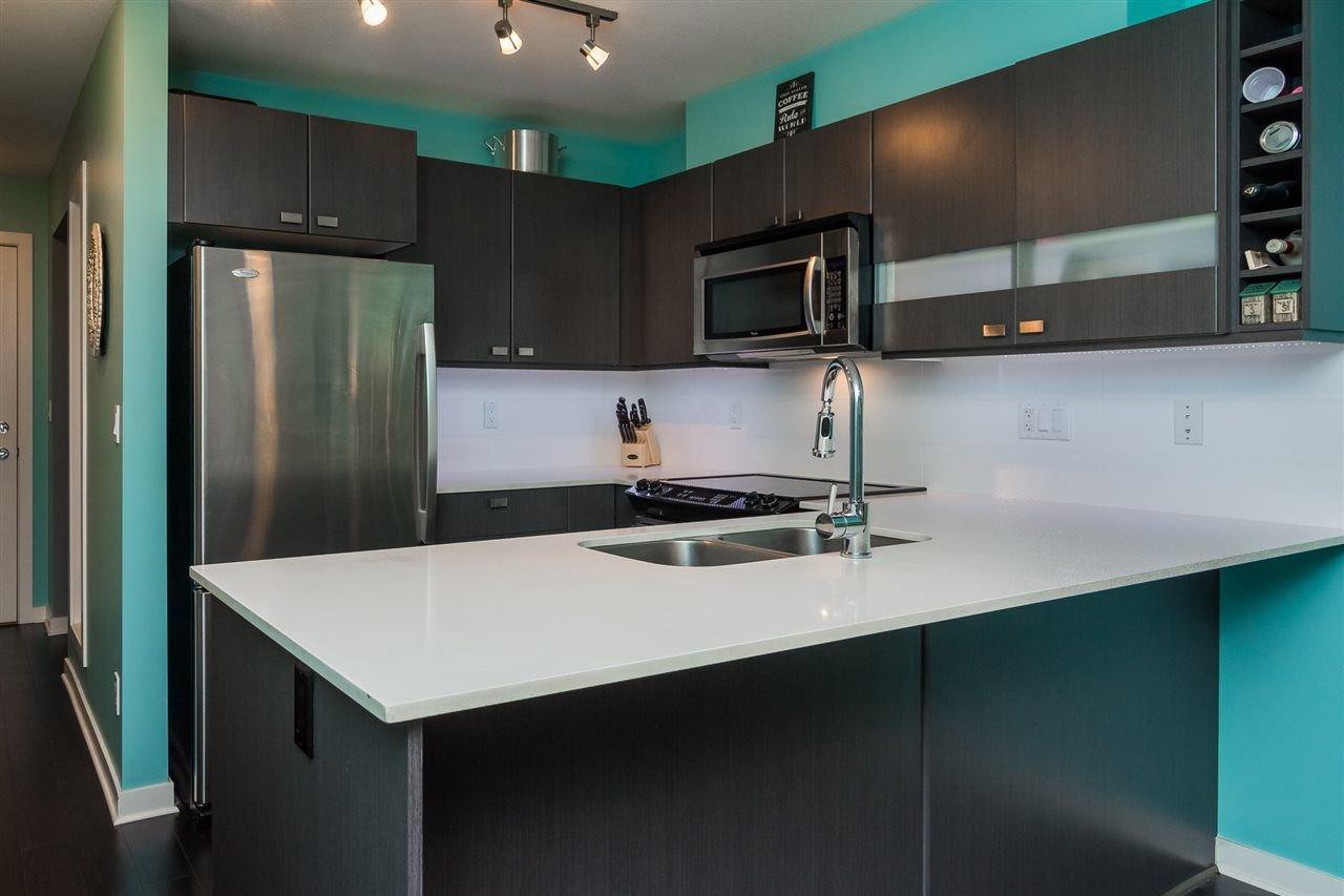 "Photo 9: Photos: 415 21009 56 Avenue in Langley: Salmon River Condo for sale in ""CORNERSTONE"" : MLS®# R2215303"